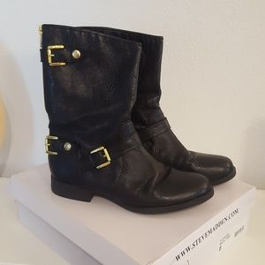 Steve Madden black leather boots. Size 8.
